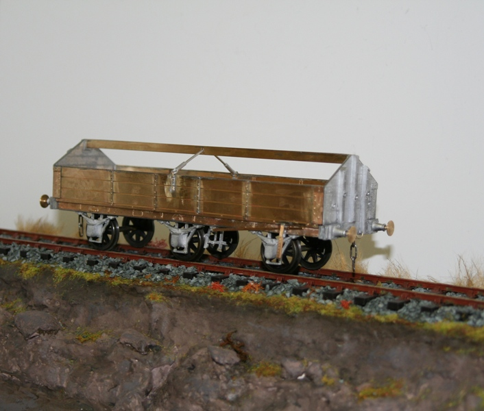 Floor Cloth Wagon 002