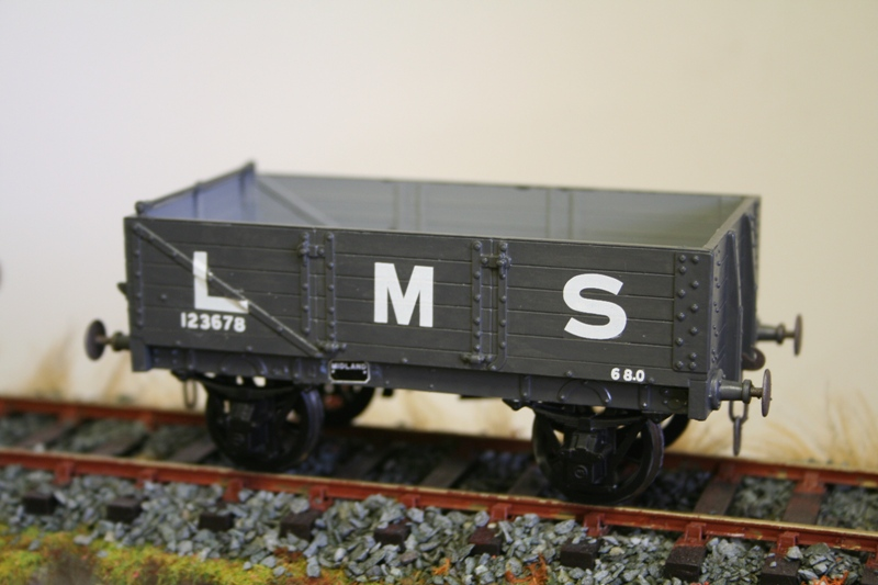 LMS Wagons ready for weathering 008