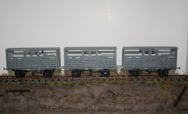 Slaters MR Cattle Wagons 001