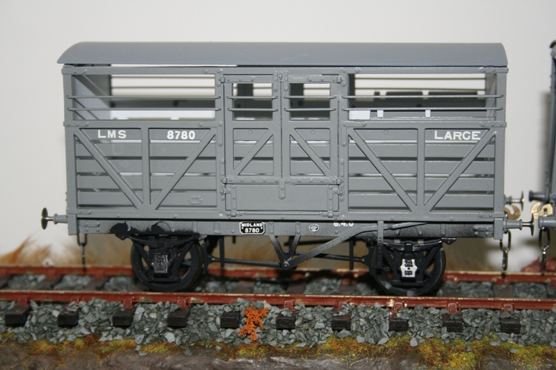 Slaters MR Cattle Wagons 002