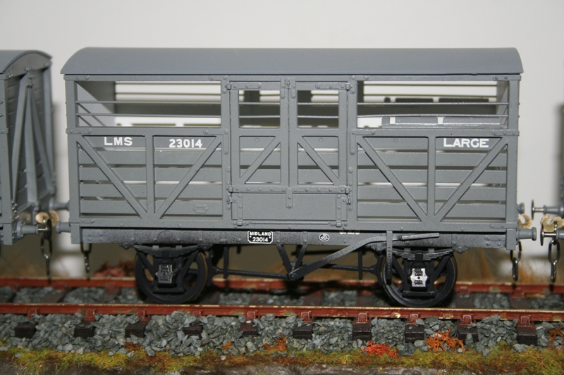 Slaters MR Cattle Wagons 003