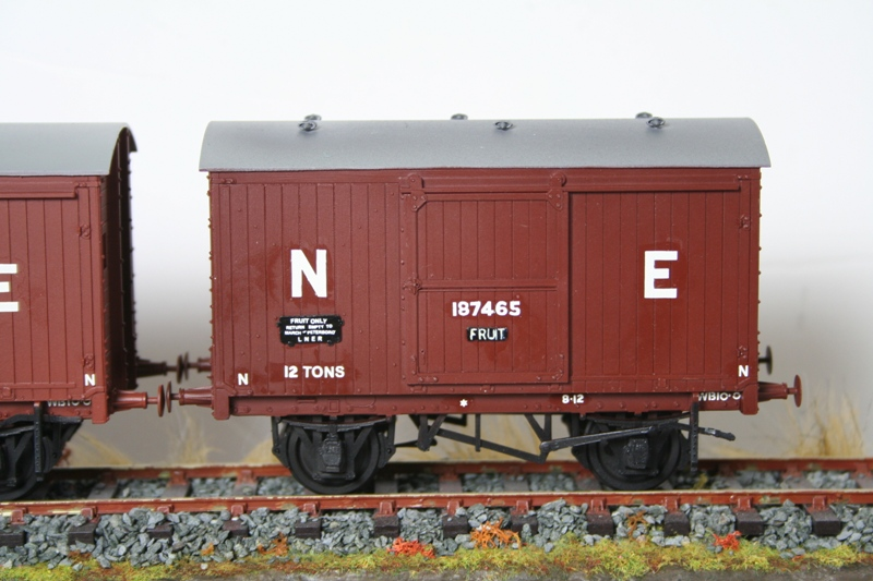 LNER 12 Ton Vans 002
