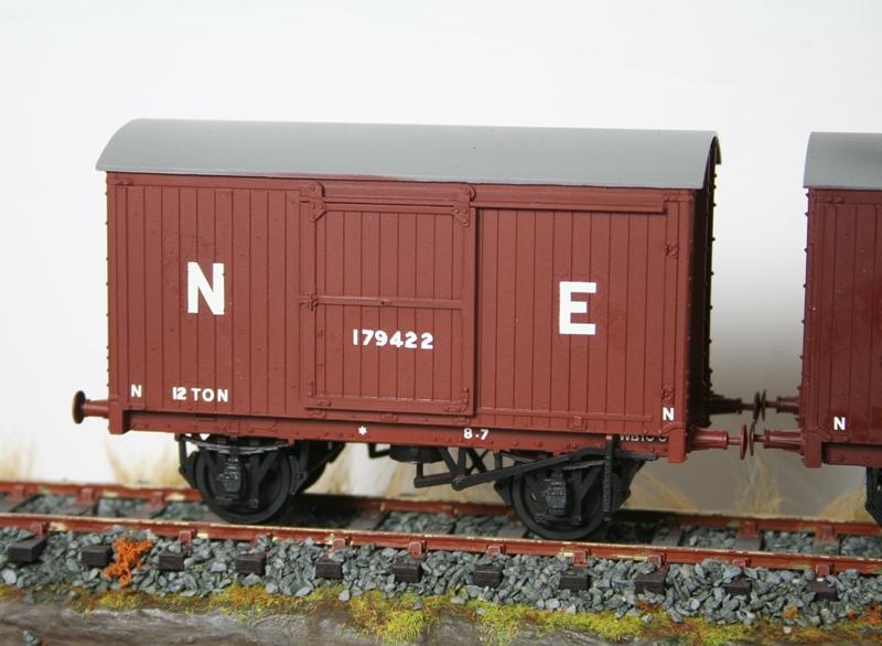 LNER 12 Ton Vans 003
