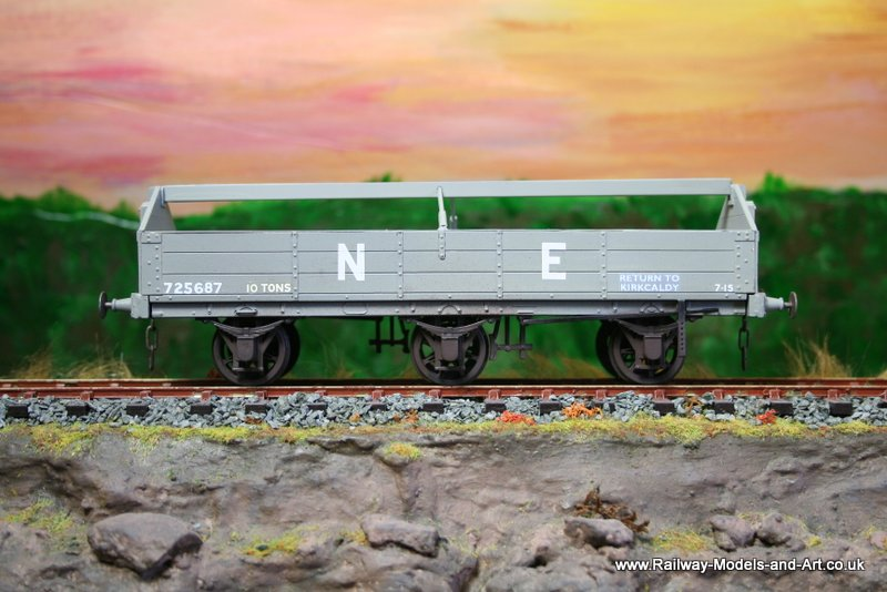 NBR-LNER Floor Cloth Wagon