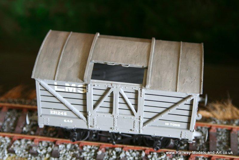 Gladiator LNWR Beer Van