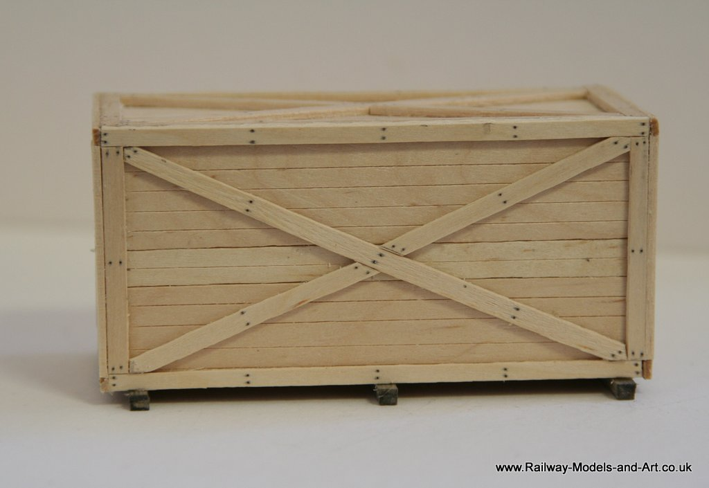 7mm scale Packing case made from Coffee stirrers