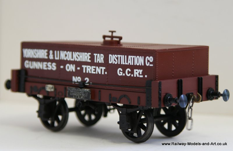 Upgraded Slaters 7mm Scale Tar Tank