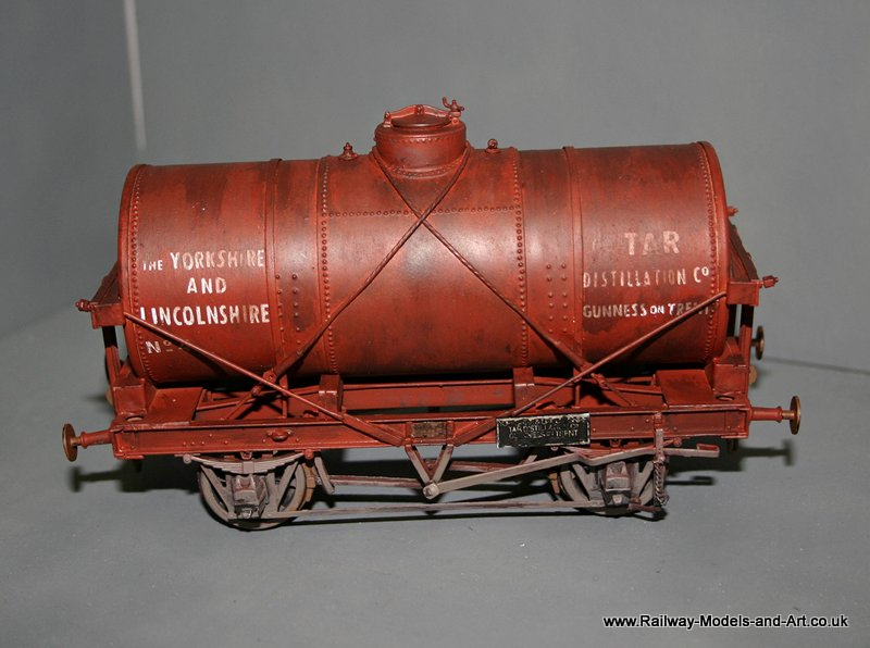 Slaters 14 Ton Tank Wagon - Yorkshire and Lincolnshire Tar Disltilation Co