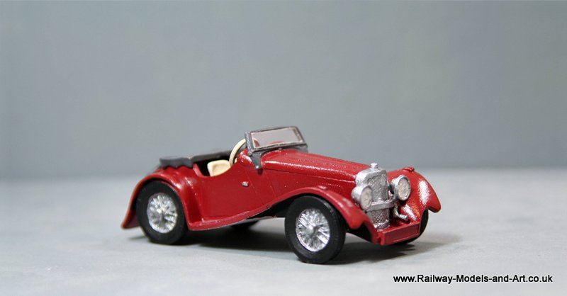 1:43 Scale 1936 Jaguar SS100