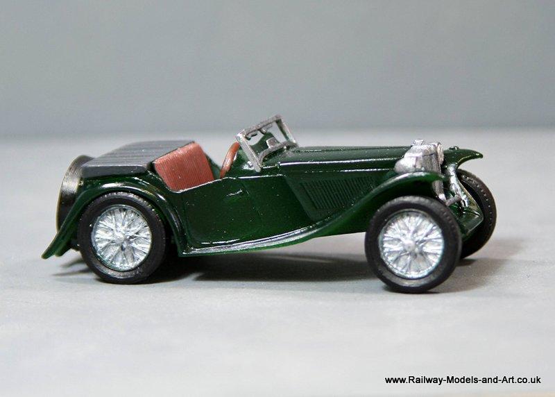 1:43 Scale 1945 MG-TC