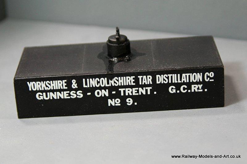 7mm Scale Scrtach Built Tar Tank